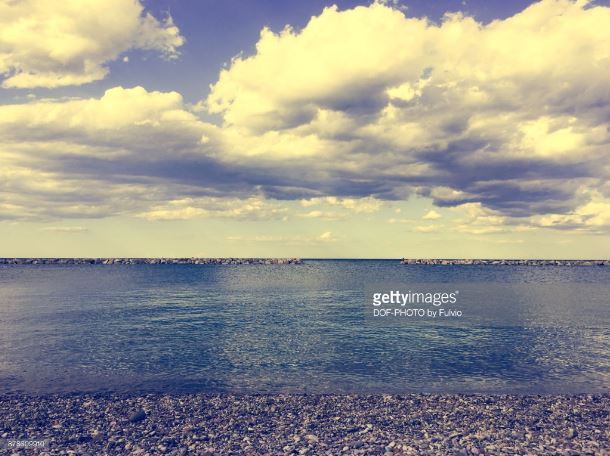 The most beautiful photos of the winter sea in Fano