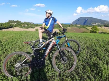 Nelle Marche con l'e-bike: 3 percorsi consigliati